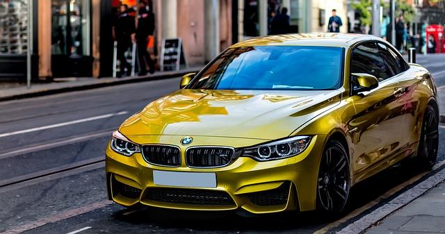 zlaté BMW